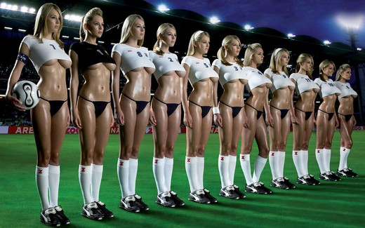 Football Girls Team2 Widescreen Small